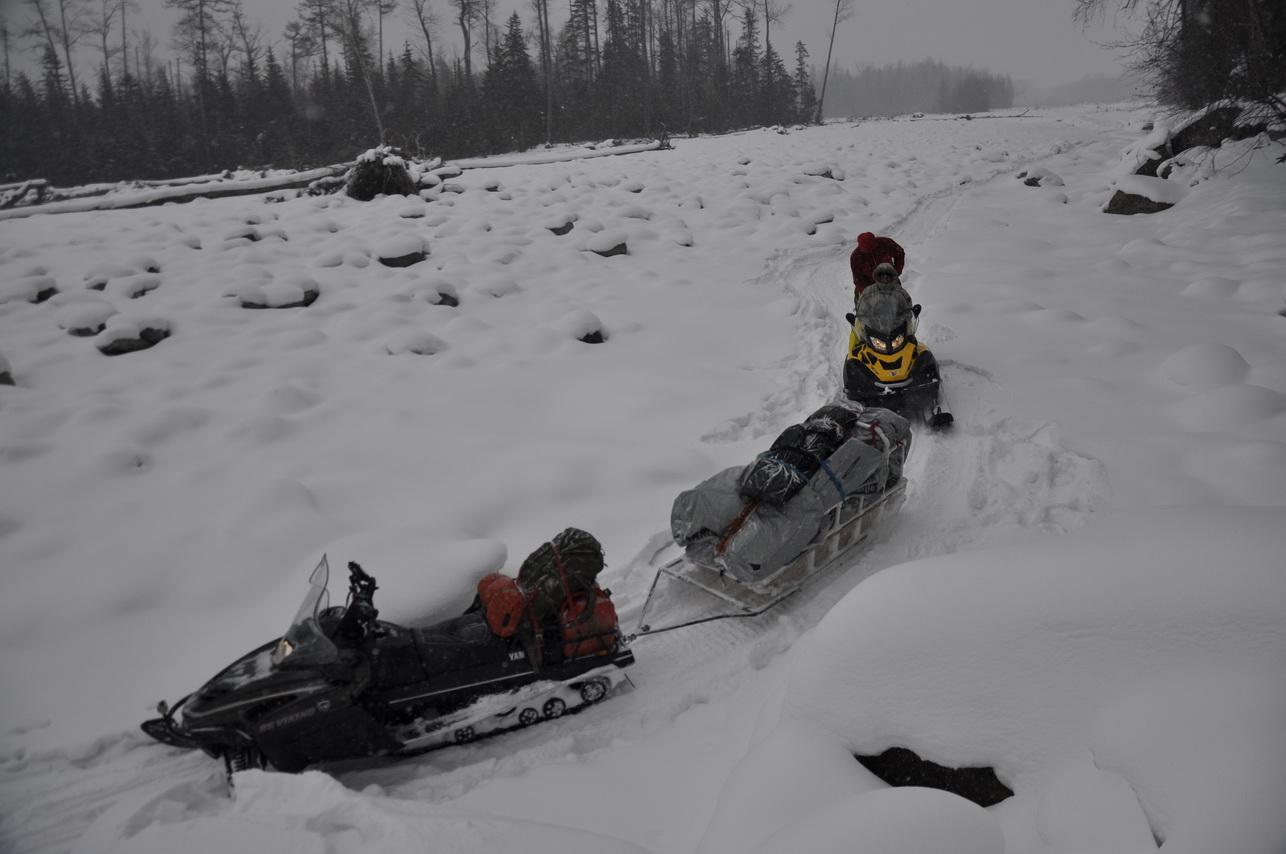 Путешествие на снегоходах