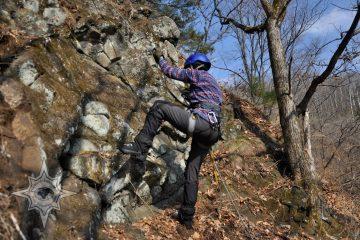 Мир приключений, обучение работе с альпинистским снаряжением