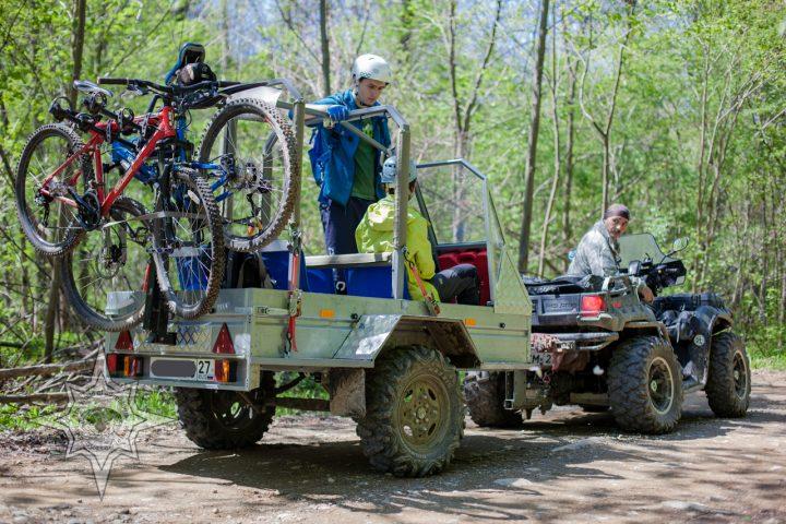 Пассажирский прицеп к квадроциклу