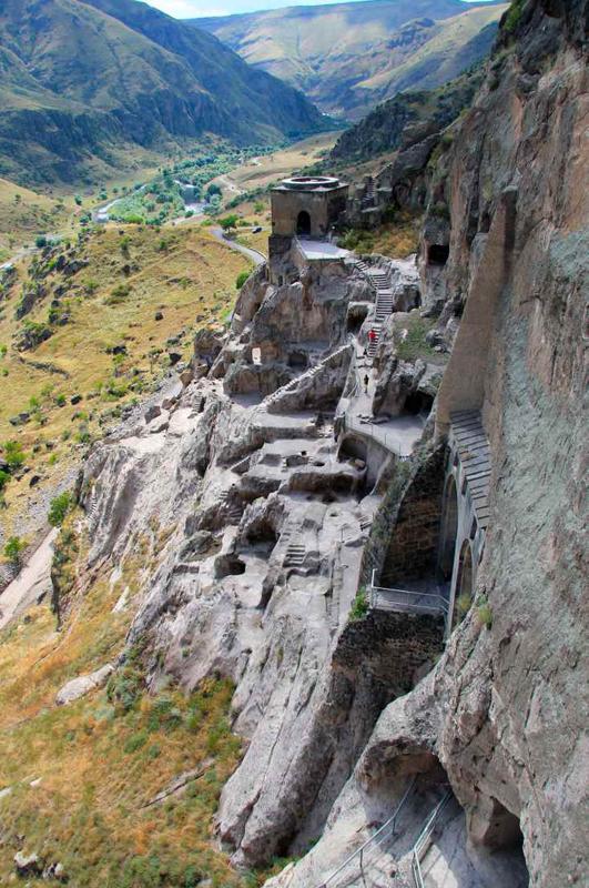 Пещерный город Вардзия