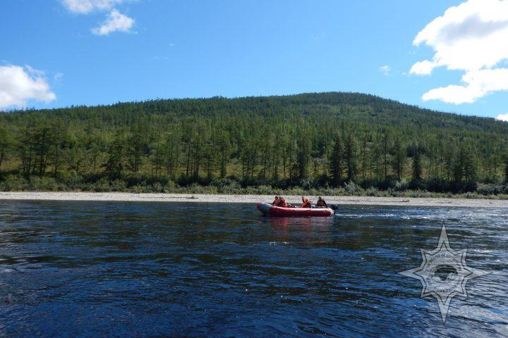 Рафтинг и рыбалка на реке Мая
