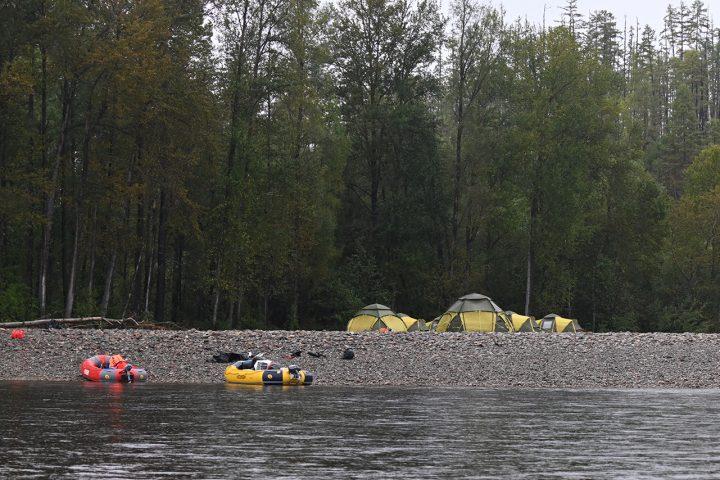 Рыболовный сплав, река Уда, Сибирский Таймень